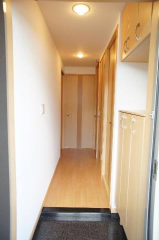 クレアハイム・g 00205号室の玄関