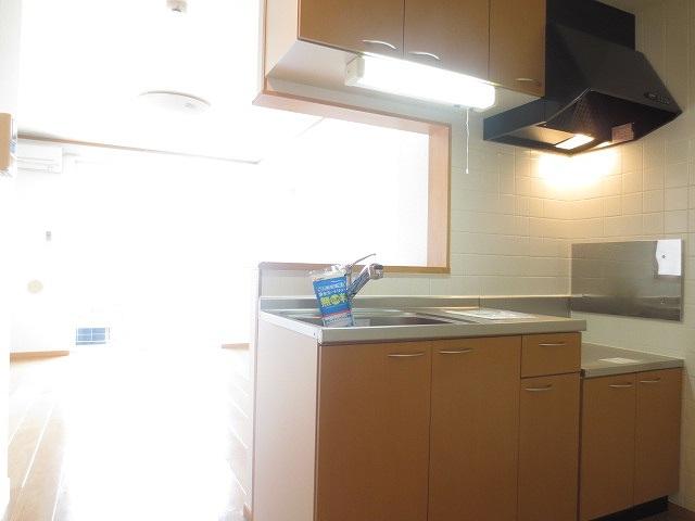 ライフサークルパート12 01020号室のキッチン