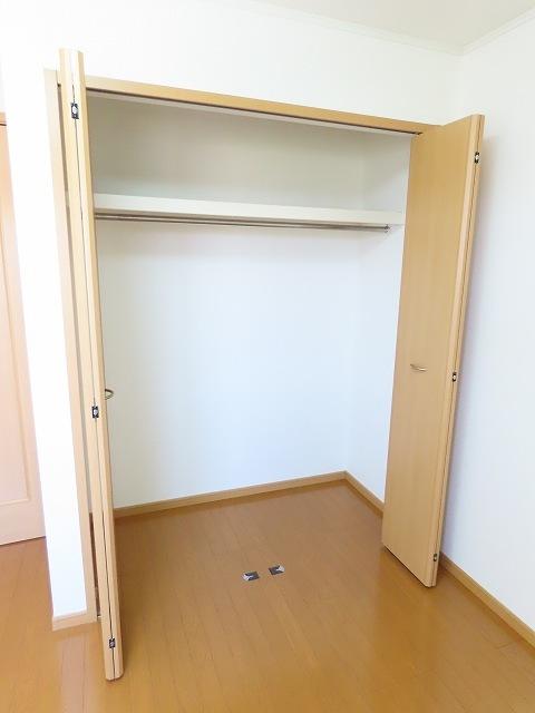 プラムⅡ 02020号室の収納