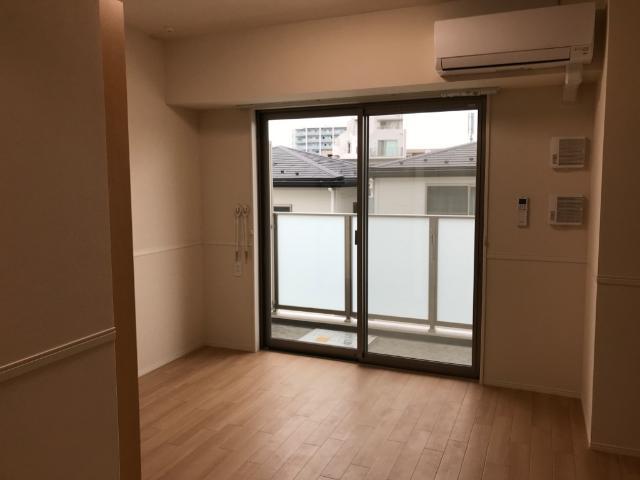 フローラ小石川 302号室のリビング