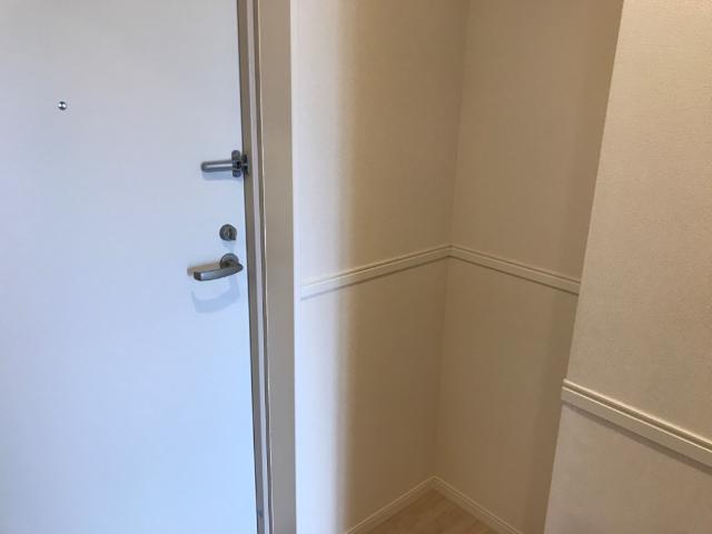 フローラ小石川 403号室の玄関
