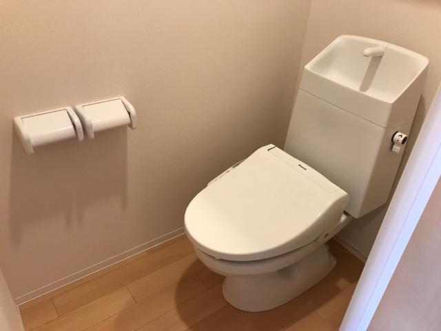 フローラ小石川 405号室のトイレ