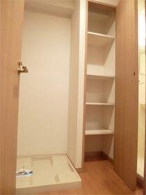スカイコート渋谷初台 406号室の洗面所