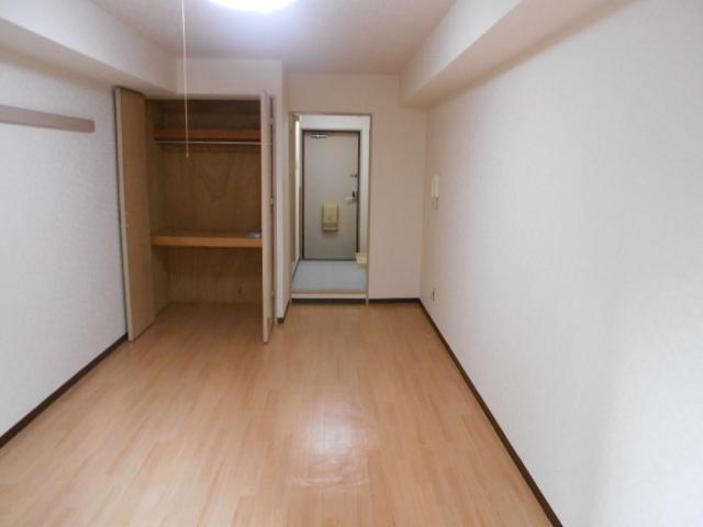 ハイツ紅屋 408号室の居室