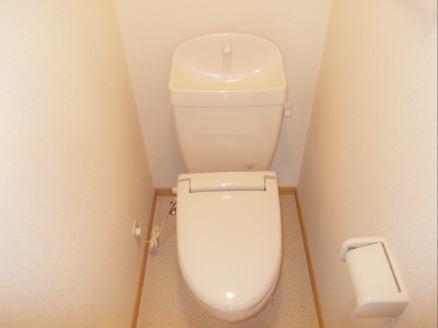 ヴィラ・シュトラーセ 02040号室のトイレ
