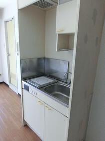 スカイコート浅草第3 802号室のキッチン