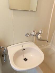 スカイコート浅草第3 802号室の洗面所