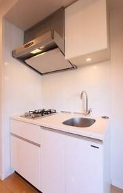 L.A.スイート上野 601号室のキッチン