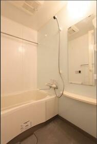 L.A.スイート上野 601号室の風呂