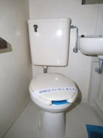 メゾン・ド・トゥール 0709号室のトイレ