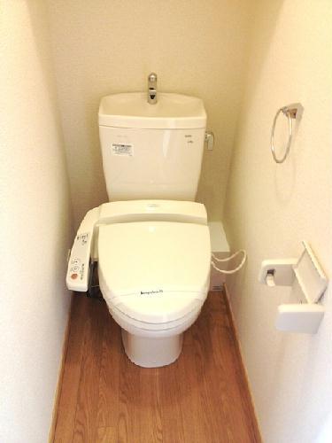 レオパレスすゞの木 103号室のトイレ