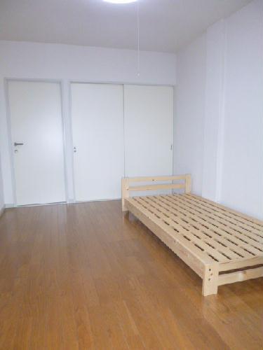 レオパレスBOUGAKU C 104号室の居室