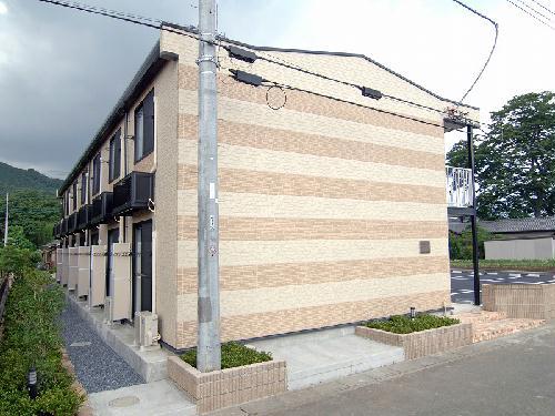 レオパレストゥモロー外観写真
