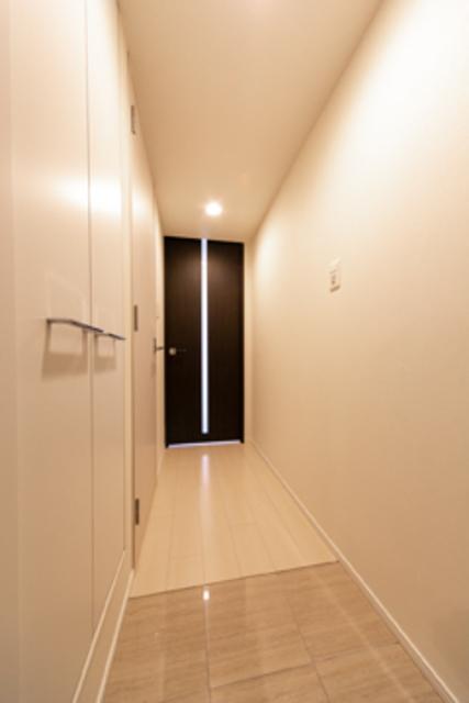 ルオーレ恵比寿 203号室の玄関