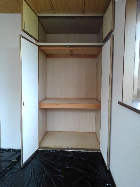カルムメゾンシミズA 02010号室の収納