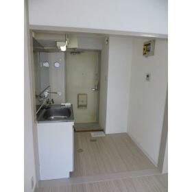 KSハイツ 303号室の玄関