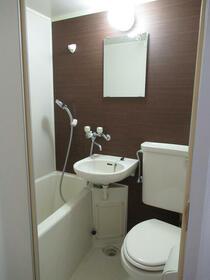 プランドール西品川 304号室の風呂