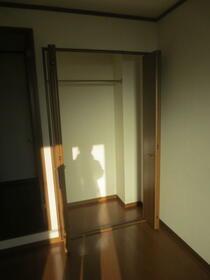 アンプルール・フェール宮内 107号室の収納