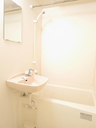 レオパレスフルールⅡ 204号室の風呂