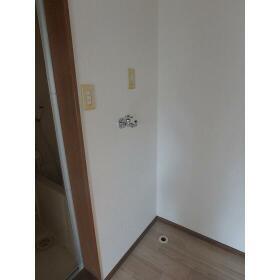ブランメゾン上福岡 102号室のリビング