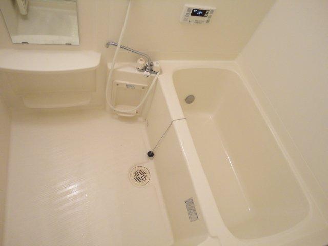 レーヴンレンテB 101号室の風呂