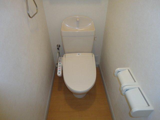 レーヴンレンテB 101号室のトイレ