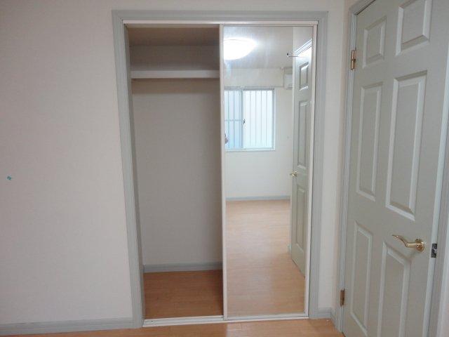 レーヴンレンテB 101号室の収納