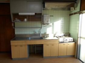 加茂川団地5号棟 304号室のキッチン