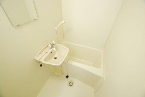 レオパレスアルカディア 204号室の風呂