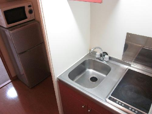 レオパレスKY知光院 205号室のキッチン