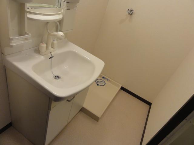 イラーヴァティ C-5号室の洗面所