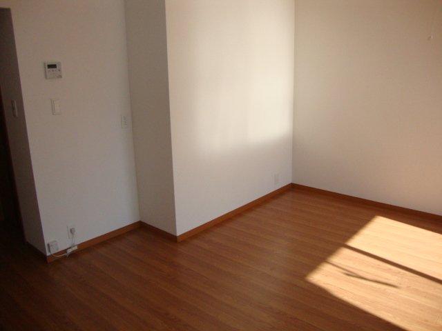 サンシャインハウス 102号室のベッドルーム