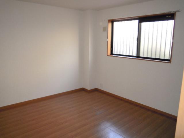 ステラB 101号室のベッドルーム