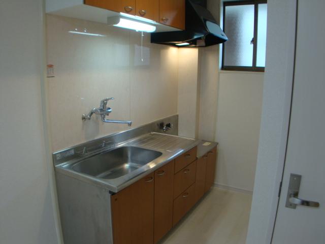 コーポ幸 105号室のキッチン