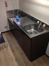 コージーハウス真野 102号室のキッチン
