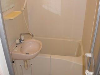 レオパレスGIOIA 201号室の風呂