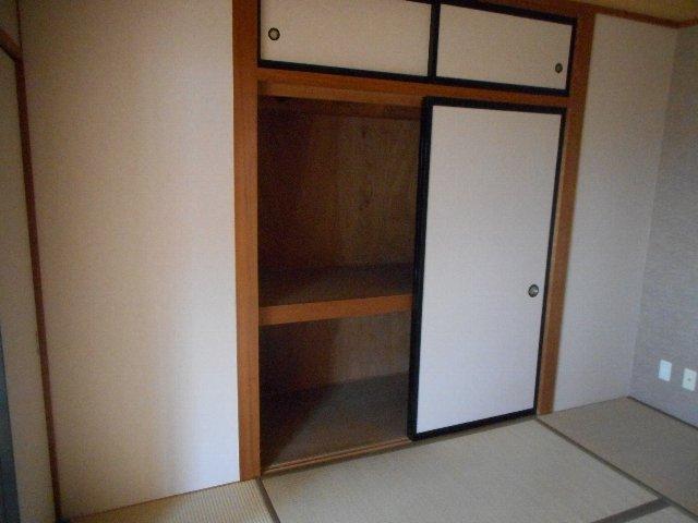 ハイレジデンスL 506号室の収納