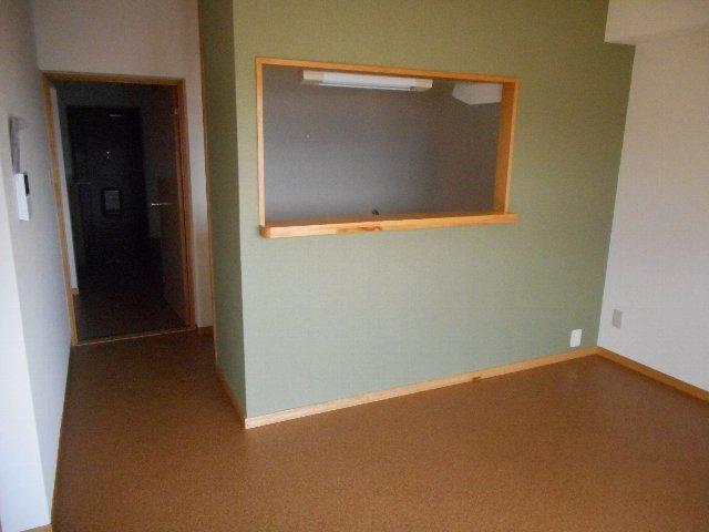 ハイレジデンスL 506号室のリビング