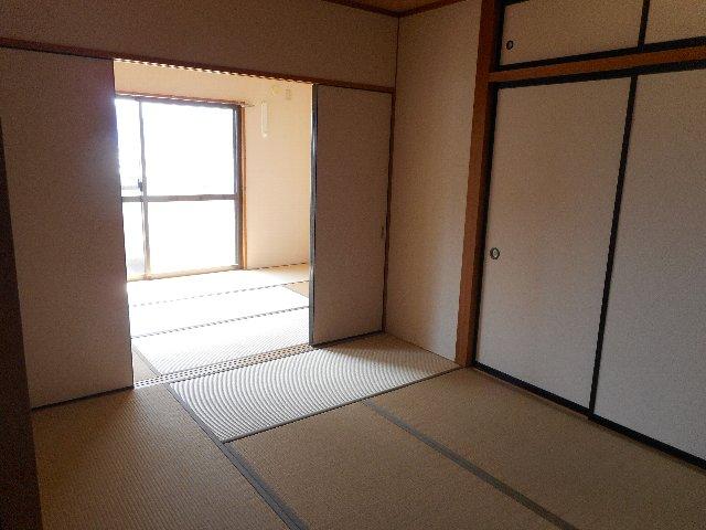 ハイレジデンスL 506号室の居室