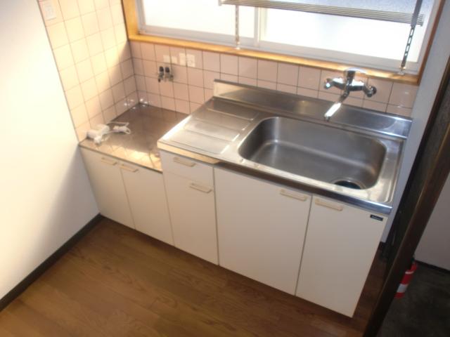 コウサンハイツ 203号室のキッチン