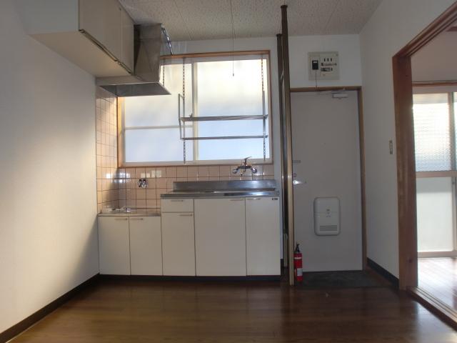 コウサンハイツ 203号室のリビング