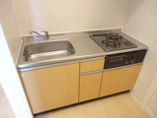 メゾン・ド・新堀 201号室のキッチン