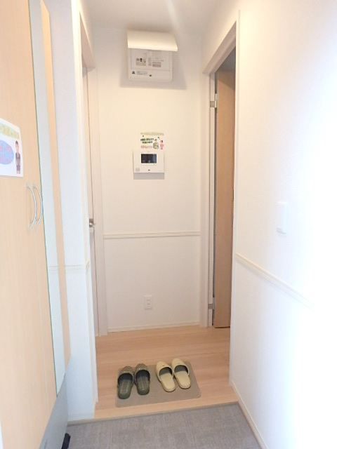 アルページュ 202号室の玄関