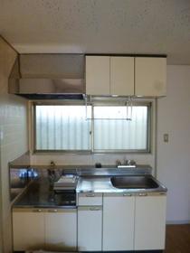 サンコーポ麻樹 103号室のキッチン