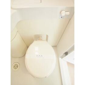 アトーレ芝塚原 206号室のトイレ
