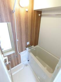 ディアレイシャス西川口 601号室の風呂