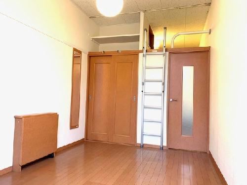 レオパレスG&C 204号室のトイレ