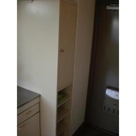 緑が丘グリーンヒルビル 303号室の収納