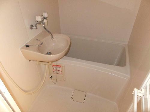 レオパレスウォーレン北安東 101号室の風呂