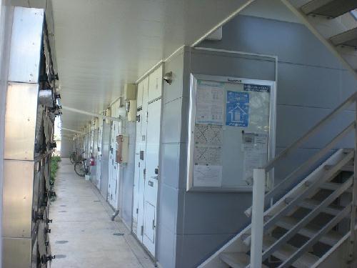 レオパレス富士見Ⅱ 308号室の玄関